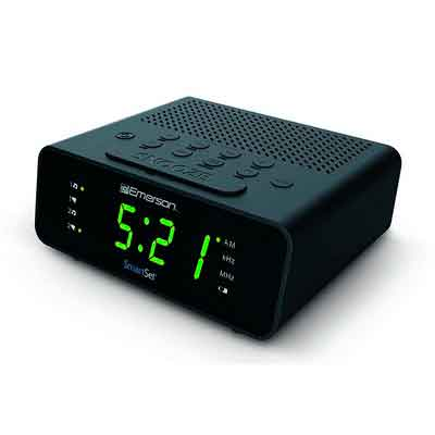 Emerson CKS1800 SmartSet Alarm Clock Radio with AM/FM Radio